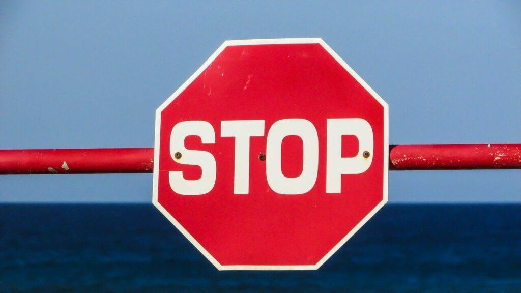 Stop Schild – Sei gewarnt